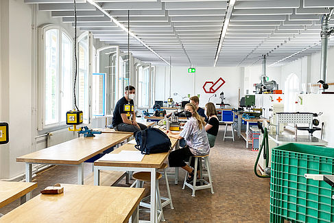 Praxisveranstaltung in Kleingruppe im Studiengang Industrial Design© HTW Berlin/Anja Schuster