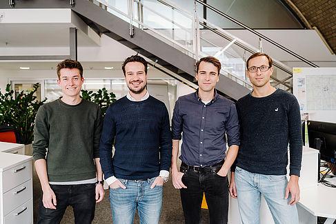 Das Team des Start-ups outsmart.ai: Bastian König, Tim Wegner, Alexander Müller, Dr. Fabian Brosig (von links nach rechts)