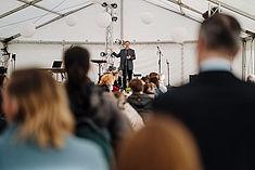 HTW-Präsident Carsten Busch während seiner Rede