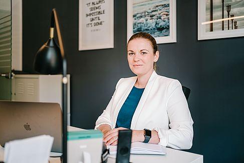 Nadine Bortscheller in ihrem Büro
