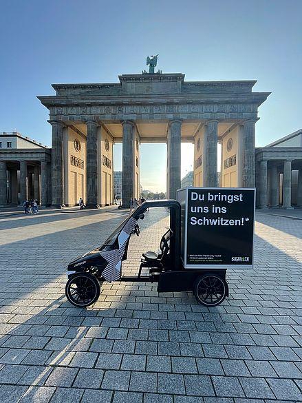 Lastenrad vor dem Brandenburger Tor
